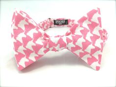 New to SpeicherBowTieCo on Etsy: Pink Unicorn Magical Bow Tie - bowties bowtie bow ties animal unicorns fun quirky cool wedding mens Self tie pretied freestyle (25.00 USD)