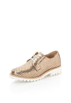 Pantofi aurii de piele fara toc cu model solzi Men Dress, Dress Shoes, Cole Haan, Oxford Shoes, Model, Fashion, Formal Shoes, Oxford Shoe, Moda