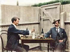 Máte občas problémy se zažíváním nebo trpíte průjmy či nechutenstvím? Vyzkoušejte borůvkové víno, jehož recept vám přinášíme v historickém článku z roku 1904.