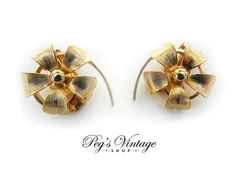 Vintage Gold Tone Flower Earrings Flower Clip On Earrings