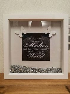 Mum/Mothers day frame/Grandmother/Box frame/Birthday gift/Mum/Mother of the bride/Nanny gift/mother - Verzierungen Ideen Birthday Gifts For Girls, Mom Birthday Gift, Mother Birthday, Birthday Box, Diy Shadow Box, Shadow Box Frames, Presents For Mom, Gifts For Mum, Scrabble Crafts
