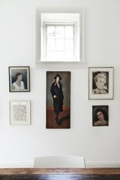 love the simplicity of this vintage gallery wall - friday finds / sfgirlbybay Home Design, Interior Inspiration, Design Inspiration, Old Portraits, Portrait Paintings, Portrait Wall, Deco Luminaire, Up House, Hanging Art