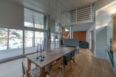 Moderni puuhuvila    Modern wooden villa   Interior    Finland    www.honkatalot.fi