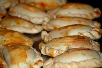 These traditional Chilean empanadas are filled with a mixture of ground beef, onions, raisins and black olives. Argentine Recipes, Chilean Recipes, Chilean Food, Hard Boiled, Boiled Eggs, Peruvian Recipes, Peruvian Cuisine, Empanadas Recipe, Comida Latina
