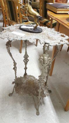 1800 -l. lopun Kallinge [SWE] kukkapöytä