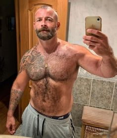 Muscle Bear Men, Muscle Men, Skinhead Men, Big Daddy Bear, Aged Beef, Sexy Men, Sexy Guys, Aged To Perfection, Body Poses