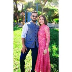 Anushka sharma in pink burberry dress Girl Celebrities, Bollywood Celebrities, Bollywood Actress, Celebs, Anushka Sharma Virat Kohli, Virat And Anushka, Bollywood Couples, Bollywood Stars, Bollywood Memes