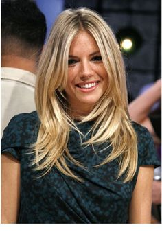 La coiffure top de Sienna Miller Long hair.