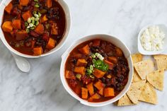 Black Bean and Sweet Potato Chili | saltandwind.com