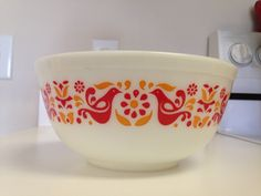 Pyrex Friendship 443 Cinderella Mixing Bowl by thetrendykitchen ...