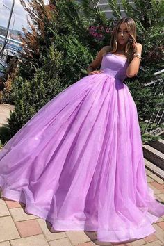 Sparkle in this lilac long prom dress. Catching attention with style, tulle fabric creates a soft goddess-like silhouette in the sweep train prom dress. The charming pleated prom dress offers a chic look. Lilac Prom Dresses, Quince Dresses, Sweet 16 Dresses, Grad Dresses, Birthday Dresses, Pretty Dresses, Beautiful Dresses, Evening Dresses, Formal Dresses