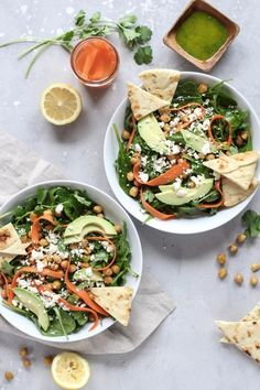 Pickled Carrot and Avocado Salad. This Pickled Carrot Avocado and Crispy Chickpea Salad is fresh tango and full of flavor! Healthy Salad Recipes, Vegetarian Recipes, Pescatarian Recipes, Diet Recipes, Healthy Foods, Lunch Recipes, Healthy Life, Pickled Carrots, Clean Eating