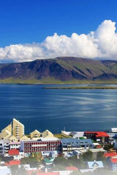 The Best of Reykjavik : Everything you need to know to make your trip to Reykjavik, Iceland, one you'll never forget, no matter what size your budget is. @Buggl