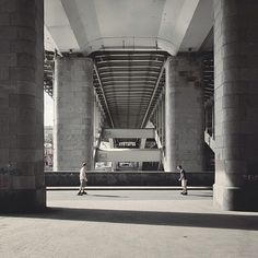 Sasha Levin Tracks Symmetry in Architecture Using People as Focal Points (3/12)