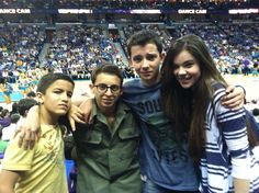 Aramis Knight (Bean), Moises Arias (Bonzo), Asa Butterfield (Ender), and Hailee Steinfeld (Petra) at last night's Lakers vs Hornets game