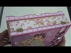 (11) Peças a Venda By Livia Fiorelli - YouTube Decoupage Tutorial, Decoupage Box, Decoupage Vintage, Diy Cardboard, Jewellery Boxes, Decorative Boxes, Diy Crafts, Scrapbook, Tutorials