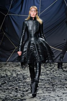 Gareth Pugh Paris Fashion Week Fall 2012