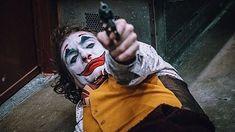 Arthur fleck/joker (imágenes y fan arts) Harley Y Joker, Joker Dc, Joaquin Phoenix, Joker Videos, Joker Phoenix, Dc Comics, Joker Film, Joker Poster, Batman Universe