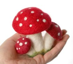 Needle Felted Red Amanita Mushroom Cluster by Virtualdistortion, via Flickr