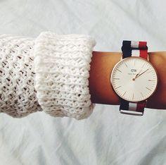 Vintage Red Ladies Watch, Woman Watches, Watch Cuff, Fashion Watch, Bracelet Watch