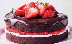 Me Encanta el Chocolate: Pastel de chocolate con fresas
