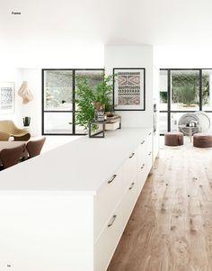 HTH inspirasjon katalogen Engineered Stone Countertops, Grey Countertops, Living Room Kitchen, Kitchen Dining, Kitchen Island, Inset Cabinets, Cabinet Doors, Glass Door, My Dream Home