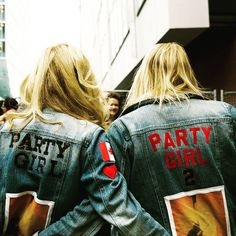 Name: Debbie + Shanni From: Montreal Song: Party Girl #U2ieTour