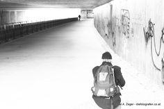 MIZE - LICHT INS DUNKEL | Auch unterhalb der Kennedybrücke in Hietzing lässt sich so manches Ablichtbares entdecken - für RoBo die Gelegenheit, gezielt mit Gegenlicht überzubelichten