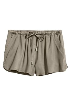 Short shorts - Khaki green - Ladies | H&M GB