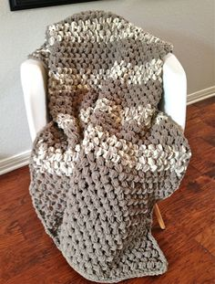 Crochet Patterns Using Bernat Home Bundle : bernat not just for baby blanket vickie howell more bernat blanket ...