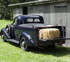 1935 Chev Master Deluxe Ute. Yes it does get loads .