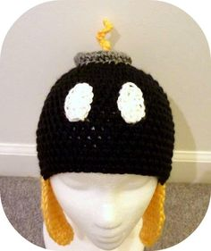 Super Marion Bomb-on crochet hat Mario Crochet, Crochet Geek, Crochet Kids Hats, Crochet Beanie, Cute Crochet, Crochet Crafts, Crochet Clothes, Knit Crochet, Crocheted Hats