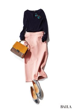 一大ブームのピンクは誰もが女子ゴコロをくすぐられる色だけど、着こなしにはちょっぴり注意が必要。たとえば淡いピンクのパンツは、黒のノーカラージャケットで大人っぽい引き締めをひとさじ。それだけで、ぐっと大人めにシフトできちゃうんです。ピンクを着るとき、「イタい」大人にならないポイント・・・