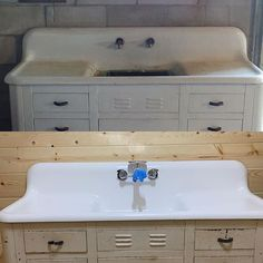 With a quick coat of epoxy, this antique farm house sink has been completely bro… – Mary D. Lucas Home Epoxy Coating, Pressure Washing, Change Is Good, Sink, Farm House, Vintage, Blog, Diy Epoxy, Painting