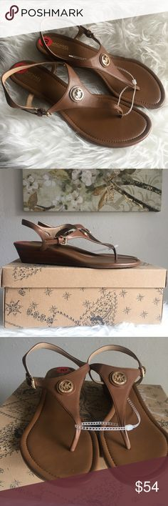 f4f7b30f11651 Shop Women s Michael Kors Brown size 10 Shoes at a discounted price at  Poshmark.