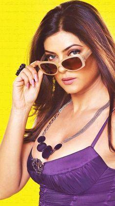 Most Beautiful Bollywood Actress, Bollywood Actress Hot Photos, Indian Bollywood Actress, Actress Photos, Beautiful Actresses, Indian Celebrities, Bollywood Celebrities, Hollywood Actresses, Indian Actresses