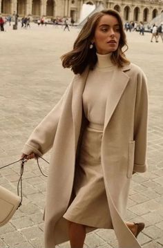 The 8 Style Mistakes Parisian Women Never Make 7 Chic Ways To Dre. The 8 Style Mistakes Parisian Women Never Make 7 Chic Ways To Dress Like a French Women. How to style your clothing to achieve the clas. Mode Outfits, Chic Outfits, Winter Outfits, Fashion Outfits, Christmas Outfits, Travel Outfits, Fashion Boots, Summer Outfits, Work Outfits Women Winter Office Style