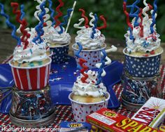 Fourth of July is one of my favorite holidays! Next to Christmas, you will probably find more Fourth of July treats and crafts than other holidays. Parades...Cookouts...Fun food...Fireworks...and o...