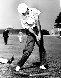 Ben Hogan's Perfect #Golf Swing