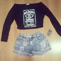 jack daniels sleeveless loose top fashion + shorts...