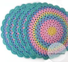 No photo description available. Crochet Placemats, Crochet Table Runner, Crochet Potholders, Crochet Doilies, Crochet Flowers, Doily Patterns, Crochet Patterns, Diy Happy Mother's Day, Acrylic Painting Inspiration