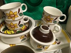 Tea Cups, Tableware, Kitchen, Cuisine, Dinnerware, Cooking, Dishes, Home Kitchens, Kitchens