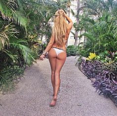 10724170 1569236466637931 796952356 n Fitting that we find Daniella on Hump Day (23 Photos)