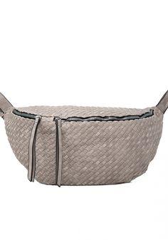Τσάντα μέσης και ώμουMiss Pinky μεγάλη χιαστί. Η τσάντα κάνει σχέδιο πλεκτό που την κάνει ιδιαίτερη. Είναιstyle μπανάνα Belt, Womens Fashion, Accessories, Belts, Women's Fashion, Woman Fashion, Fashion Women, Feminine Fashion, Moda Femenina