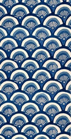 Beautiful patterns in ocean blues. Pretty Patterns, Beautiful Patterns, Color Patterns, Floral Patterns, Motifs Textiles, Textile Patterns, Surface Pattern Design, Pattern Art, Motif Design