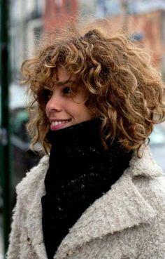 24 New Ideas Hair Cuts Curly Natural Curls Afro Curly Bob Bangs, Short Curly Hair, Wavy Hair, Short Hair Cuts, Her Hair, Curly Hair Styles, Curls Hair, Short Bangs, Short Perm