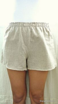 DIY Linen shorts. Link to pattern!