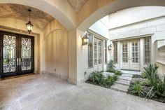 Mediterranean Entry / Courtyard