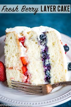 Patriotic Berry Cake Recipe Layer White Cake with Strawberries} 3 layers of white cake with blueberry and strawberry filling, this Patriotic Berry Cake is the perfect summer dessert! You'll love the light, whipped frosting on top. Mini Desserts, Light Summer Desserts, Great Desserts, Delicious Desserts, Yummy Food, Light Dessert Recipes, Dessert Cake Recipes, Strawberry Cakes, Cake With Strawberry Filling