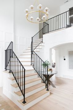Home entry foyer 2019 white and light wood stairs with black railings; Foyer entryway inspiration The post Home entry foyer 2019 appeared first on Entryway Diy. Entryway Stairs, Wood Stairs, House Stairs, Entry Foyer, Entryway Ideas, Grand Entryway, Staircase In Living Room, Entryway Art, Foyer Bench